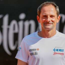 tennis-trainer-hannes-puehringer